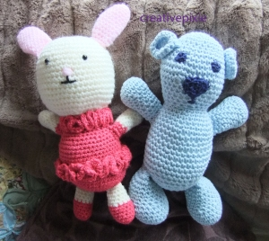 pink and blue bears