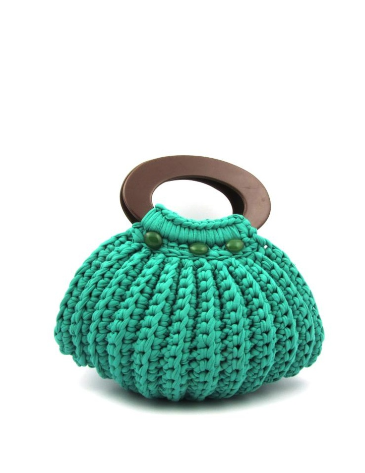 Pinterest Crochet Bags : is a crochet bag to keep current craft projects in. I saw this bag ...