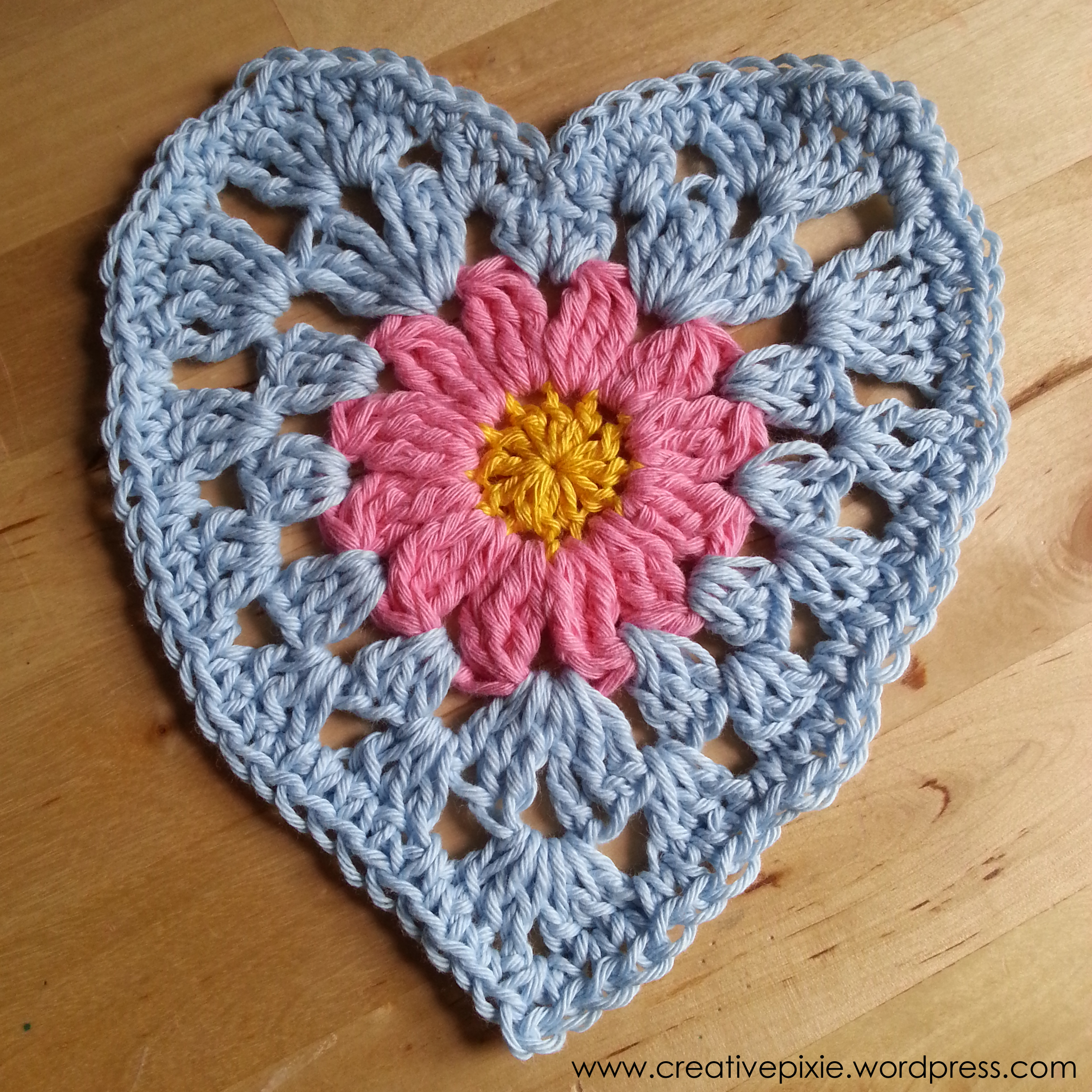 Make it Monday: Crochet granny heart dishcloth Creative ...