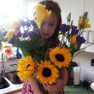 22 MIM flowers proud P creative pixie