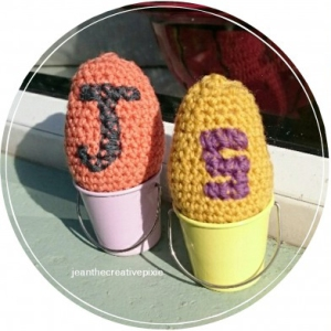j and s crochet eggs